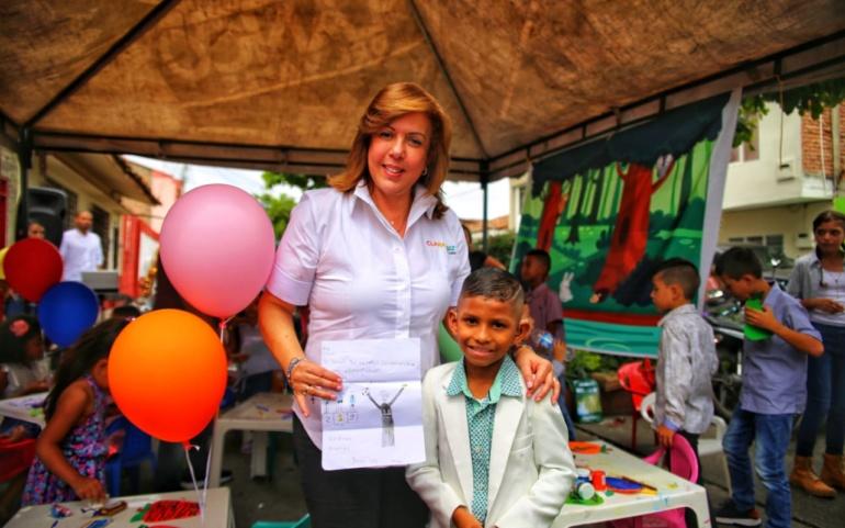 Los niños presentan sus sueños a Clara Luz con 'Carta a Clarita'