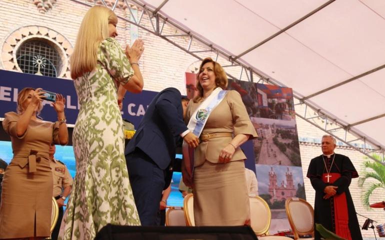 Clara Luz Roldán asumió como nueva gobernadora del Valle del Cauca