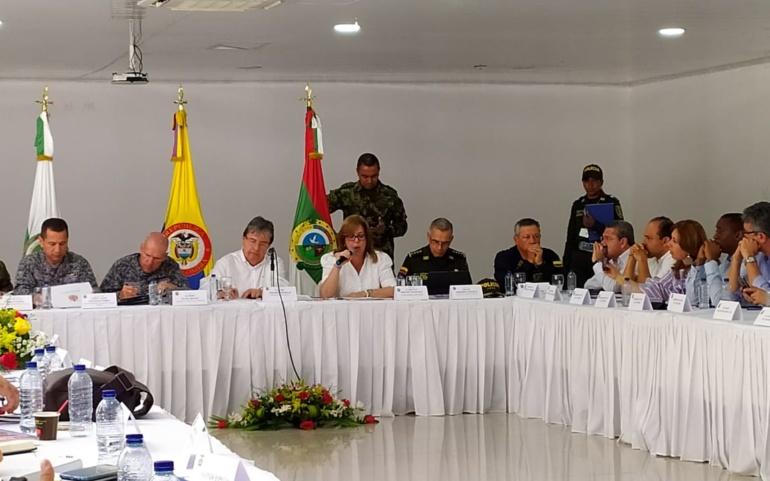 Gobernadora del Valle solicitó apoyo del ministro de Defensa para fortalecer seguridad del departamento